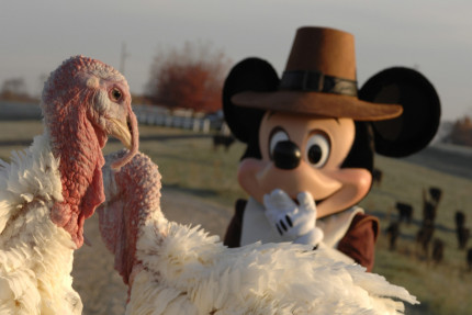 Happy Thanksgiving from The Main Street Mouse! 4