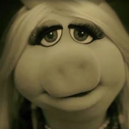 Miss Piggy Spoofs Adele in new Muppets Commercial! 2