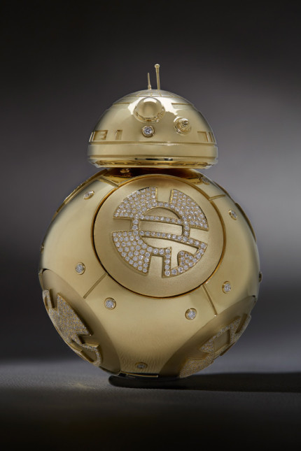 Kay Jewelers Creates Stunning Gold BB-8 for Star Wars: Force for Change 7