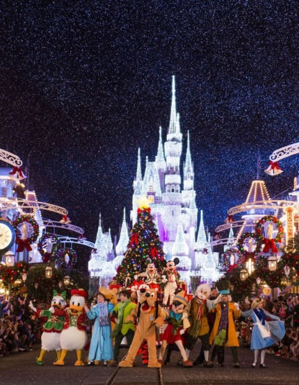 New Meet And Greet Coming to Mickey's Very Merry Christmas Party 1