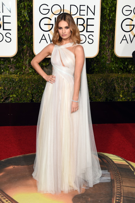 Modern-Day Princess Dresses at the Golden Globes 5