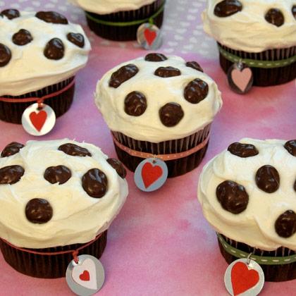 101 Dalmatian Valentine Cupcakes 2