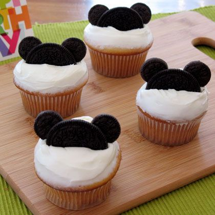 Make Your Own Mickey Mouse Cupcakes! ~ Easy Instructions! 1
