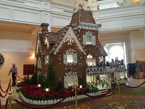 Take a Closer Look at the Beautiful Gingerbread House at Disney's Grand Floridian! 47