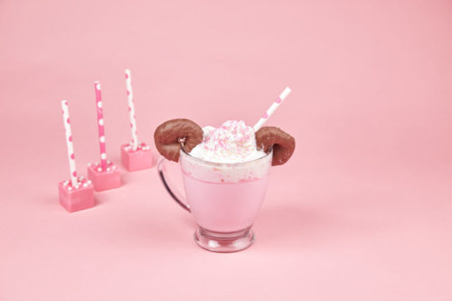 Make Your Own Minnie Mouse Hot Cocoa! 41