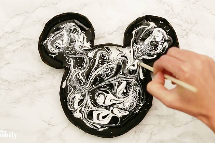Mickey Paint Marbling Craft ~ Make Your Own! 1