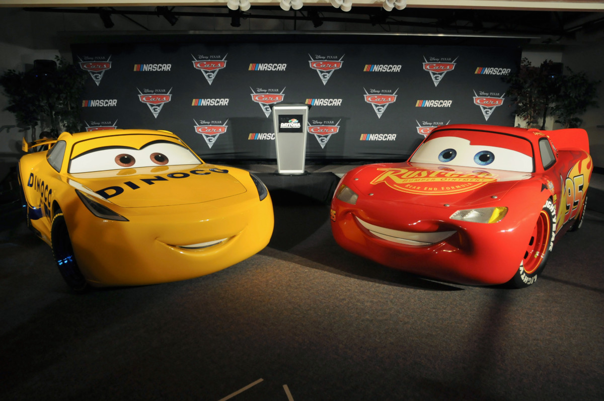 "DISNEY·PIXAR'S ""CARS 3"" Gears Up For A Season-Long Ride With NASCAR 19"