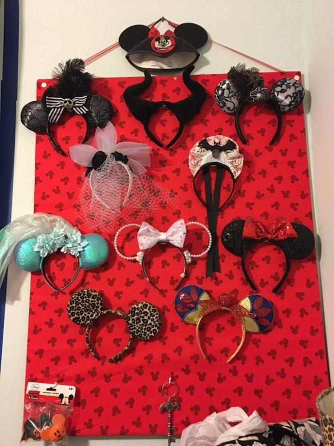 Oh dEAR! ~ A DIY Mickey Ear Display 8