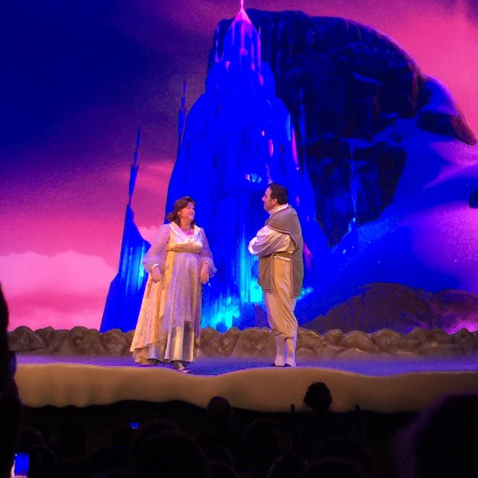 A Laugh Courtesy of the Royal Historians, Frozen Sing-Along at Hollywood Studios 12