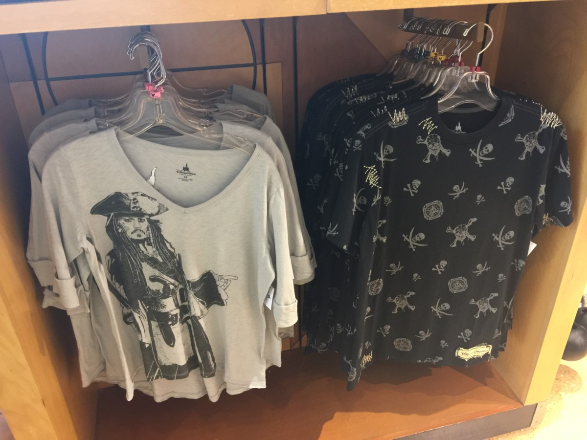 New Pirates of the Caribbean, Dead Men Tell No Tales Merchandise Hits Disney Parks! 5