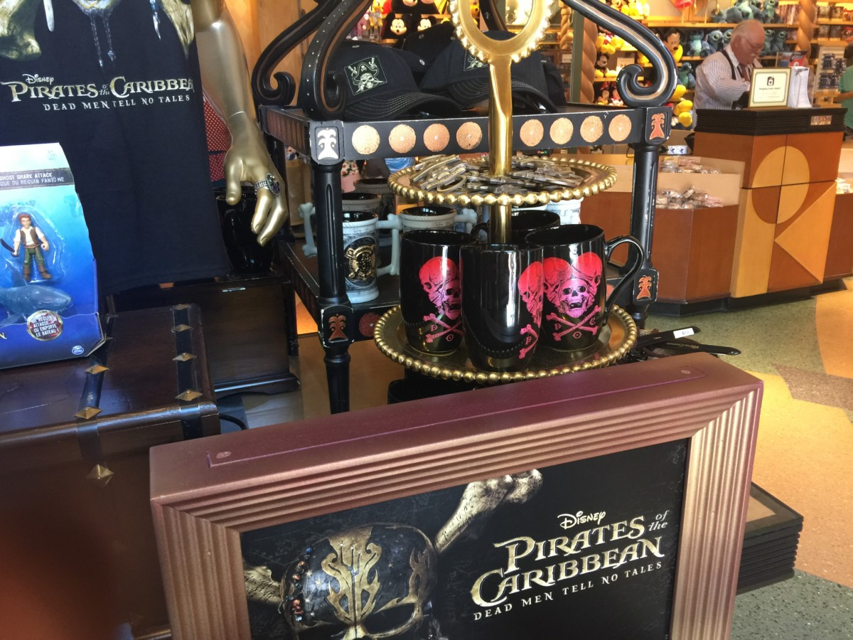 New Pirates of the Caribbean, Dead Men Tell No Tales Merchandise Hits Disney Parks! 6