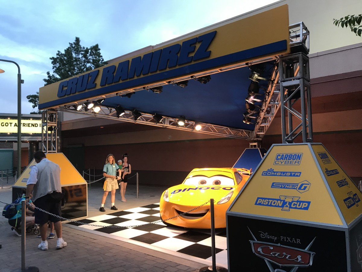 "Photos of the New ""Cruz Ramirez"" Photo Opp at Hollywood Studios #Cars3 6"