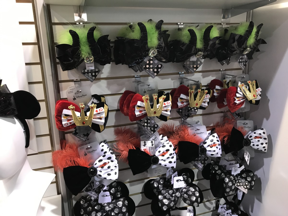 Updated Info! NEW Mouse Ears with Interchangeable Bows Coming to Disney Parks! #D23Expo 5