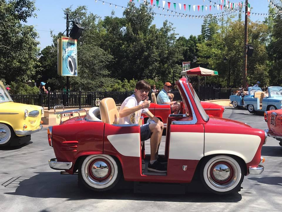 Luigi's Rollickin Roadsters, Cars Land! #CaliforniaAdventure 6