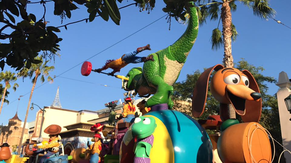 Disney California Adventure's Pixar Play Parade! 1