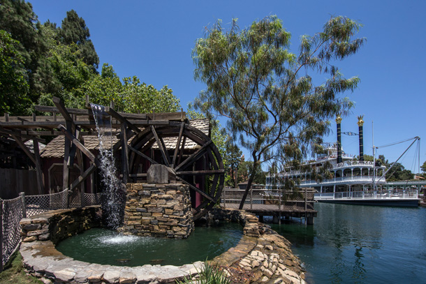 A Walk in the Park: Pirate's Lair on Tom Sawyer Island at Disneyland Park 3