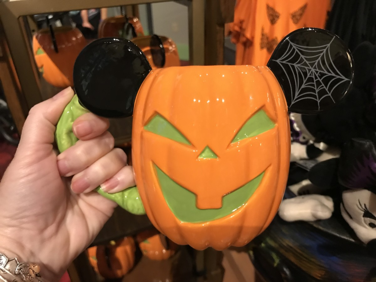See the New Halloween Merchandise at Disney Parks Up Close! #BootoYou 10