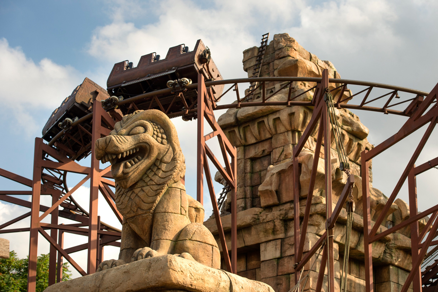 14 'Must Do' Coasters At Disney Parks Around the World 3