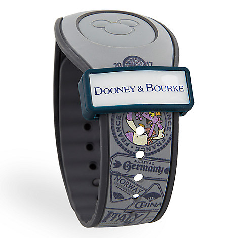Have You Seen The Newest Disney Dooney & Bourke Bags That Are Now Available Online? 5