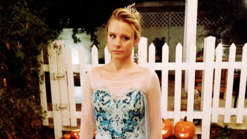 Kristen Bell's Daughter Made Her Dress Up as Frozen's Elsa for Halloween — Not Anna! 4
