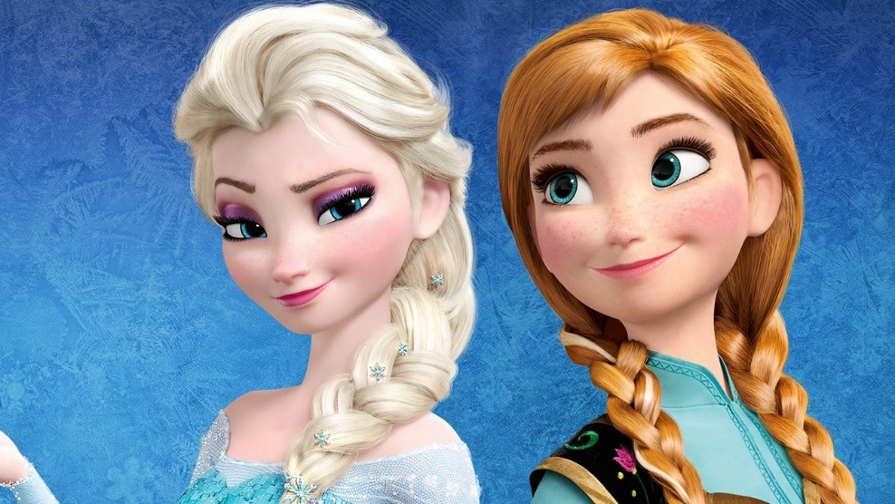 Elsa & Anna Reunite for the Season! 6