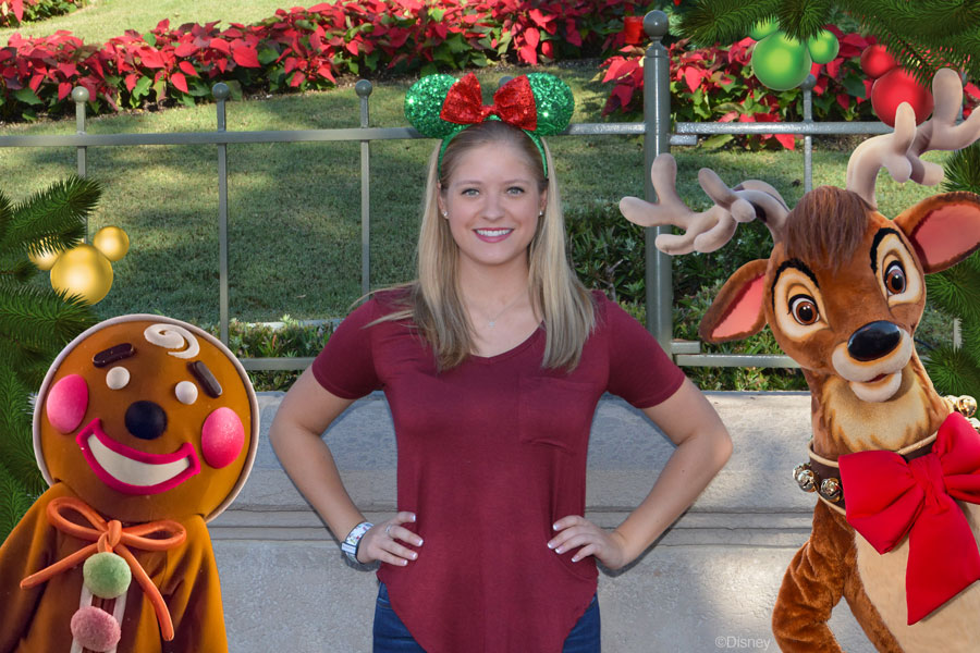 Disney PhotoPass Opportunities Available Exclusively During Mickey's Very Merry Christmas Party 2