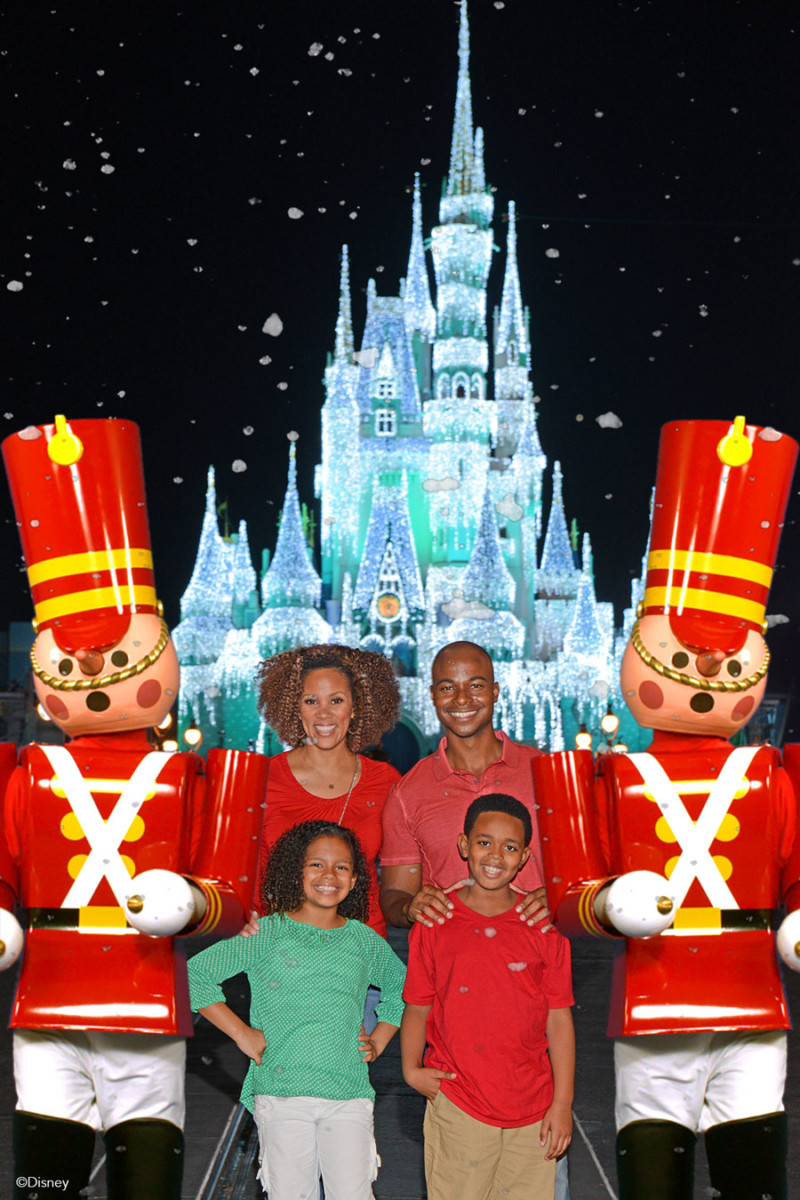Disney PhotoPass Opportunities Available Exclusively During Mickey's Very Merry Christmas Party 8