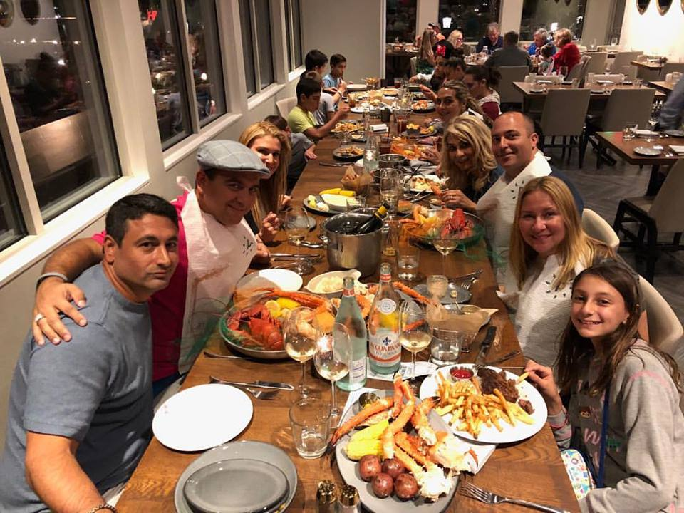 Celebrity Sighting ~ The Cake Boss and Family Dine at Paddlefish, Disney Springs 1