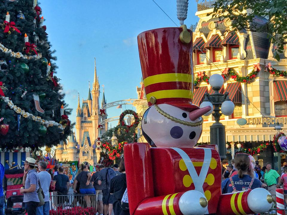 Moms Panel Monday: Christmas in July at the Walt Disney World Resort 4
