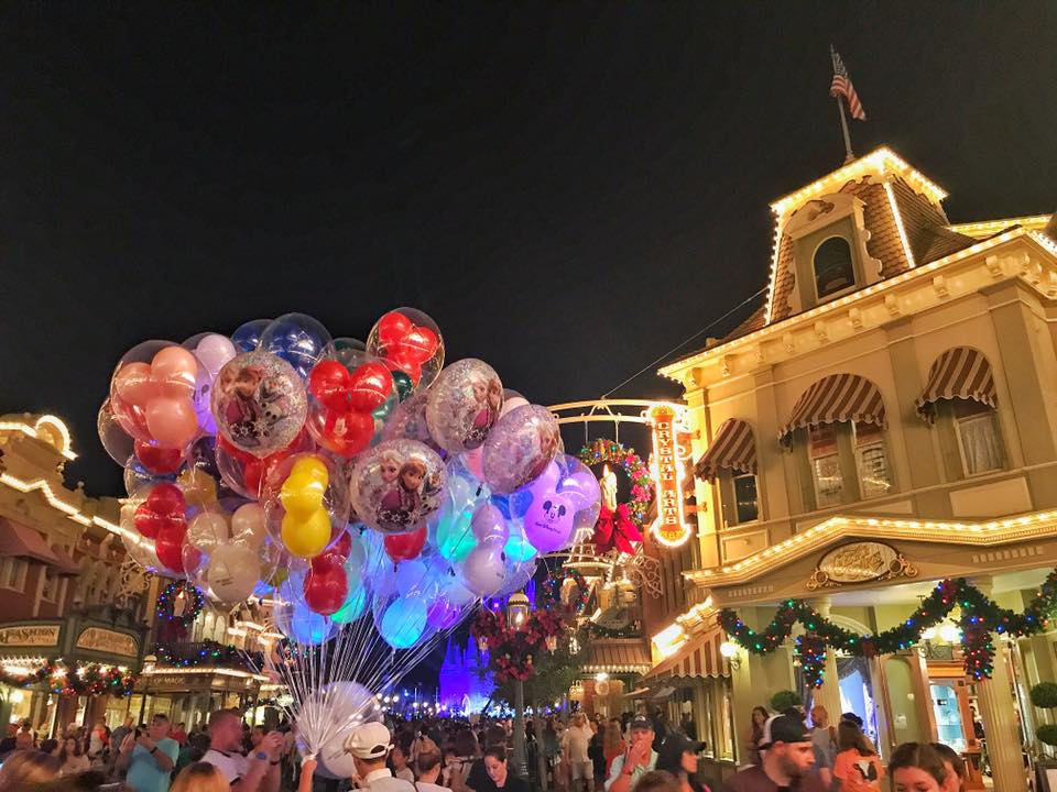 It's Beginning to Look a lot Like Christmas..... at the Magic Kingdom! (photos) 49