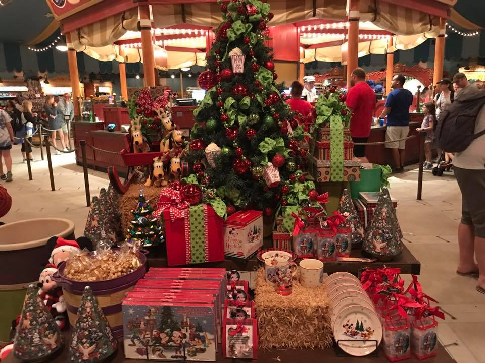 It's Beginning to Look a lot Like Christmas..... at the Magic Kingdom! (photos) 6