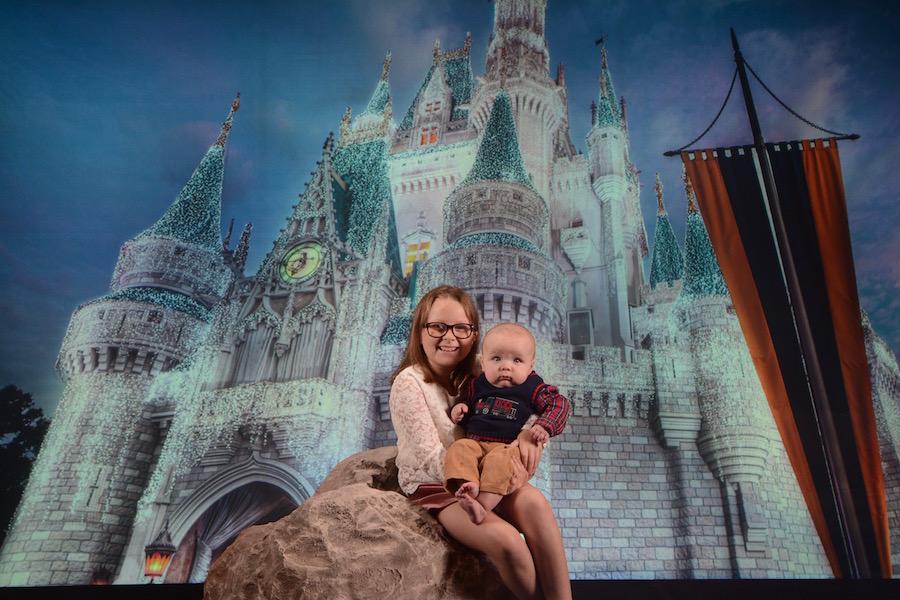 'Tis the Season for Family Photos at Disney PhotoPass Studio, Located at Disney Springs 1