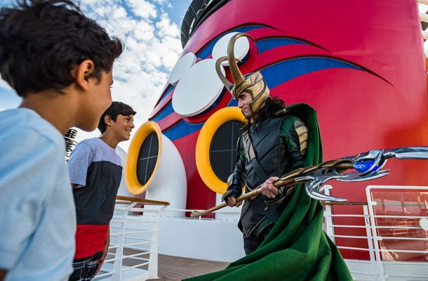 First Look: Loki Makes His Debut Alongside Thor at Marvel Day at Sea 1