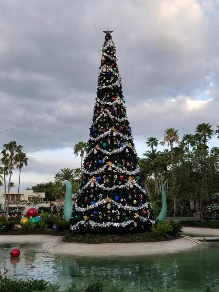 Christmas decorations hit disney s hollywood studios pics