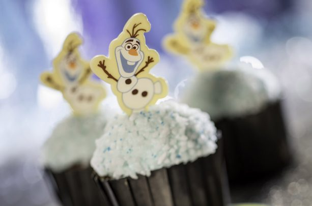Olaf Frozen Cupcakes at Flurry of Fun at Disney's Hollywood Studios
