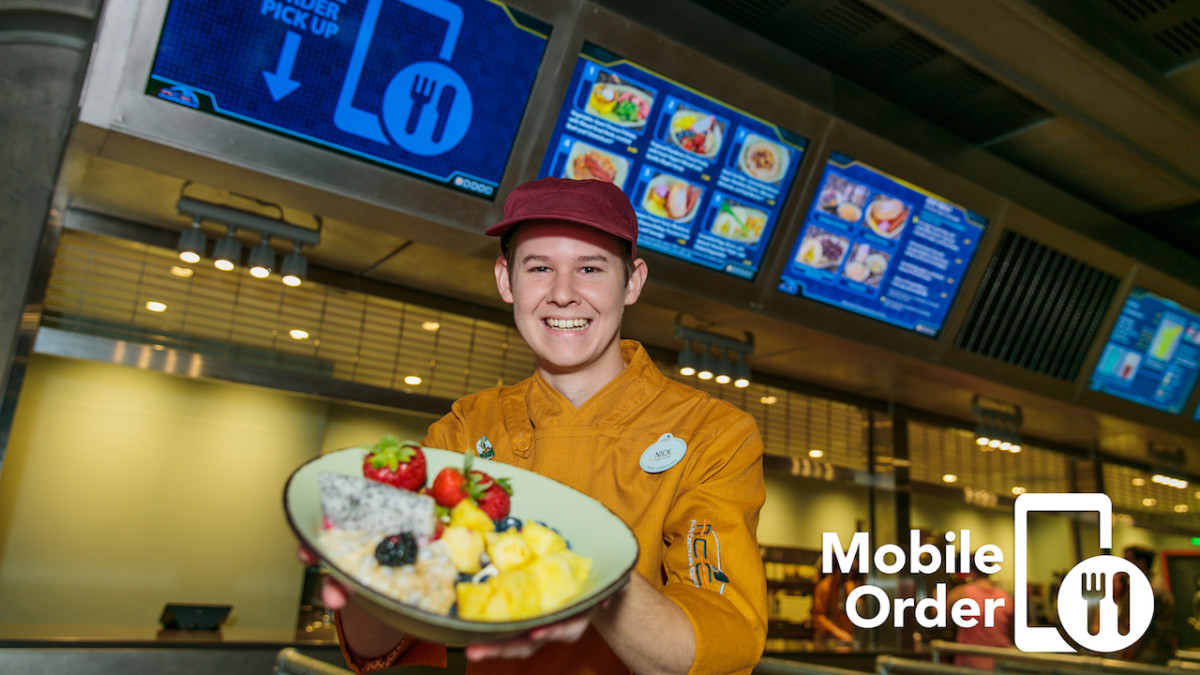 Mobile Order Now Available for Walt Disney World Resort Guests Using Disney Dining Plans 1