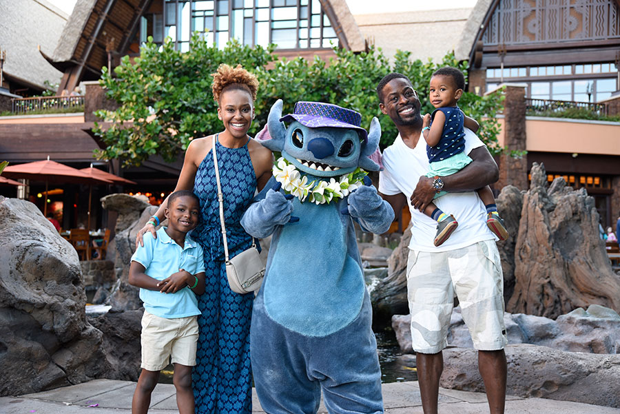Actor Sterling K. Brown Vacations at Aulani, a Disney Resort & Spa 2