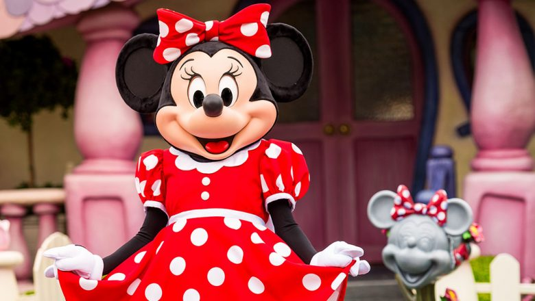 Minnie Mouse Receives the Ultimate Gift for her 90th Birthday! 1
