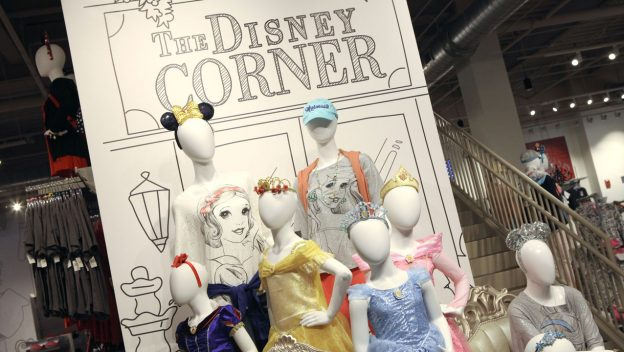 The Disney Corner, the Newest Store at Disney Springs, is Now Open! 1