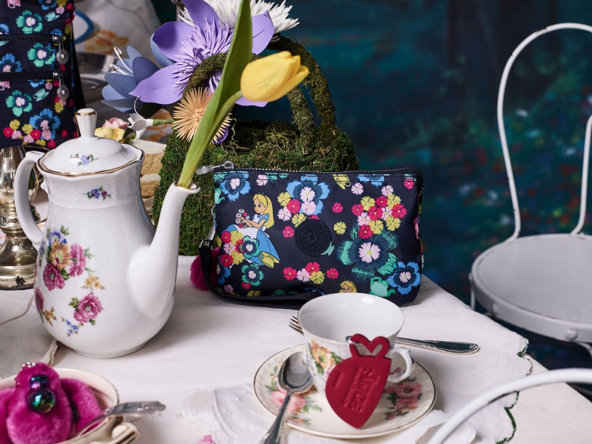 The New Alice in Wonderland Collection from Kipling! Photos below! 3