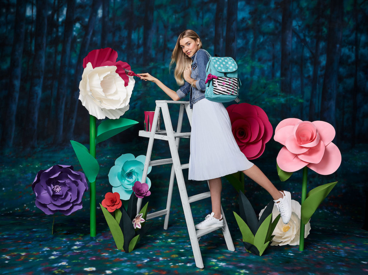 The New Alice in Wonderland Collection from Kipling! Photos below! 4