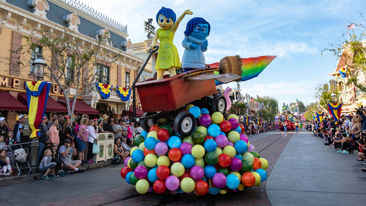 Behind-the-Scenes: 'Pixar Play Parade' at Disneyland Park During Pixar Fest 8