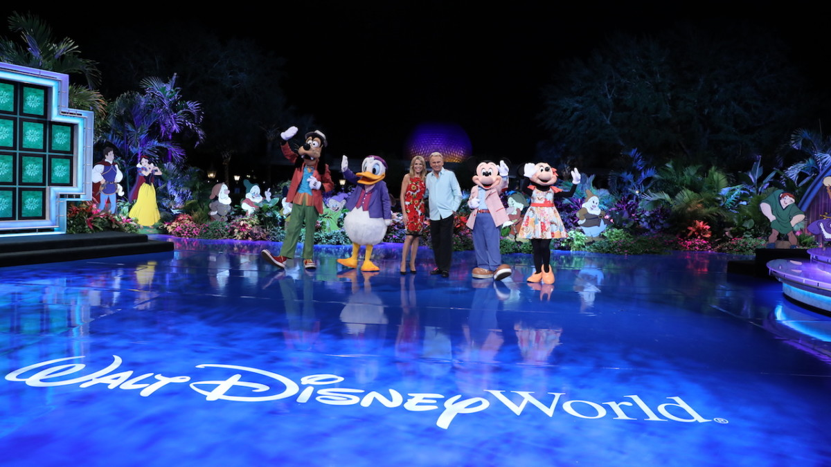 Wheel of Fortune's 35th Anniversary at Walt Disney World Resort: Disney Fans Week 1