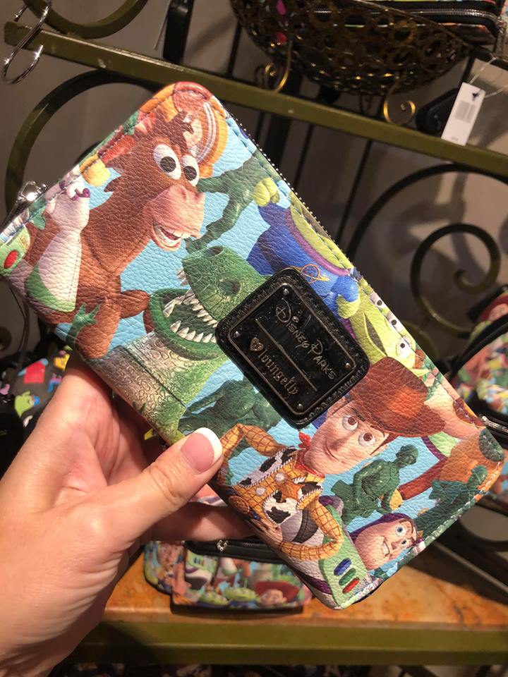 Merchandise Monday! See What's in Store this week at Disney Parks! #DisneyStyle 9