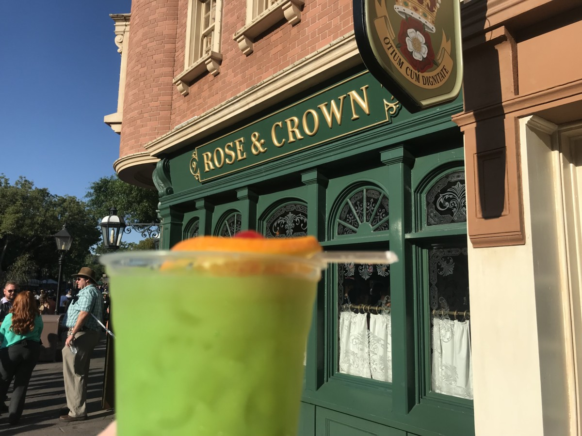 Try a Welsh Dragon from the Rose and Crown Pub, Epcot (recipe included) 1