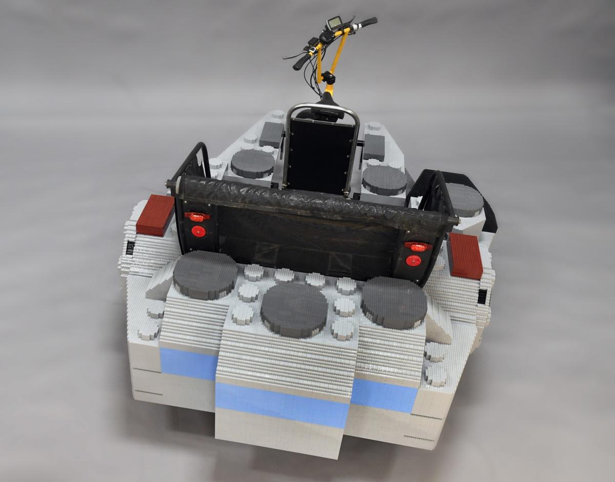 THE LEGO GROUP TAKES FLIGHT 3