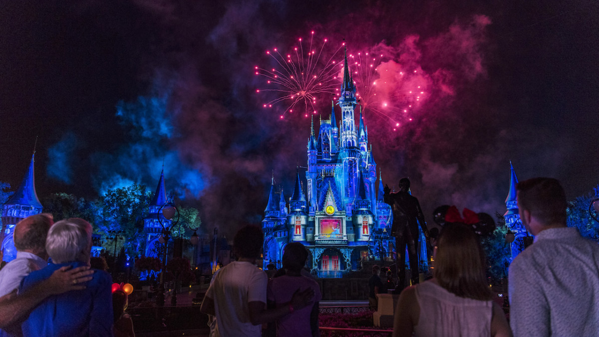 Enjoy Fireworks & Nighttime Spectaculars Now at the Walt Disney World Resort 10