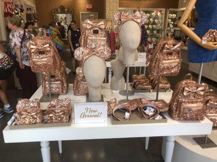 TMSM's Merchandise Monday! Rose Gold Frenzy Continues and More! #DisneyStyle 9