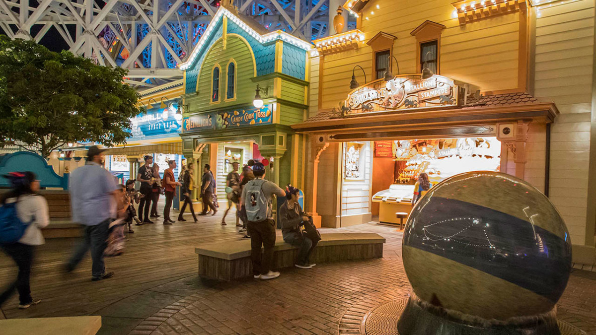 Step Right Up to the Games of Pixar Pier in Disney California Adventure Park 1
