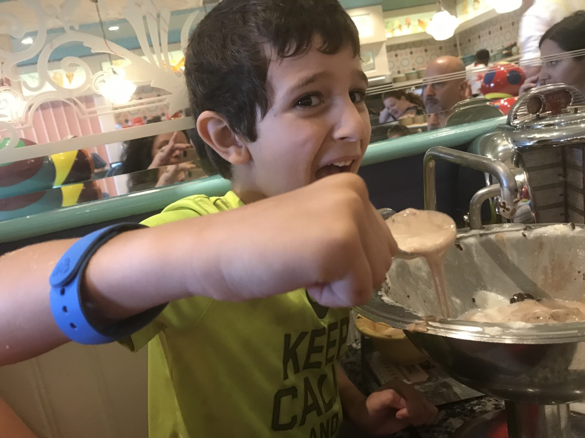 Tackling the Kitchen Sink at Beaches and Cream 4